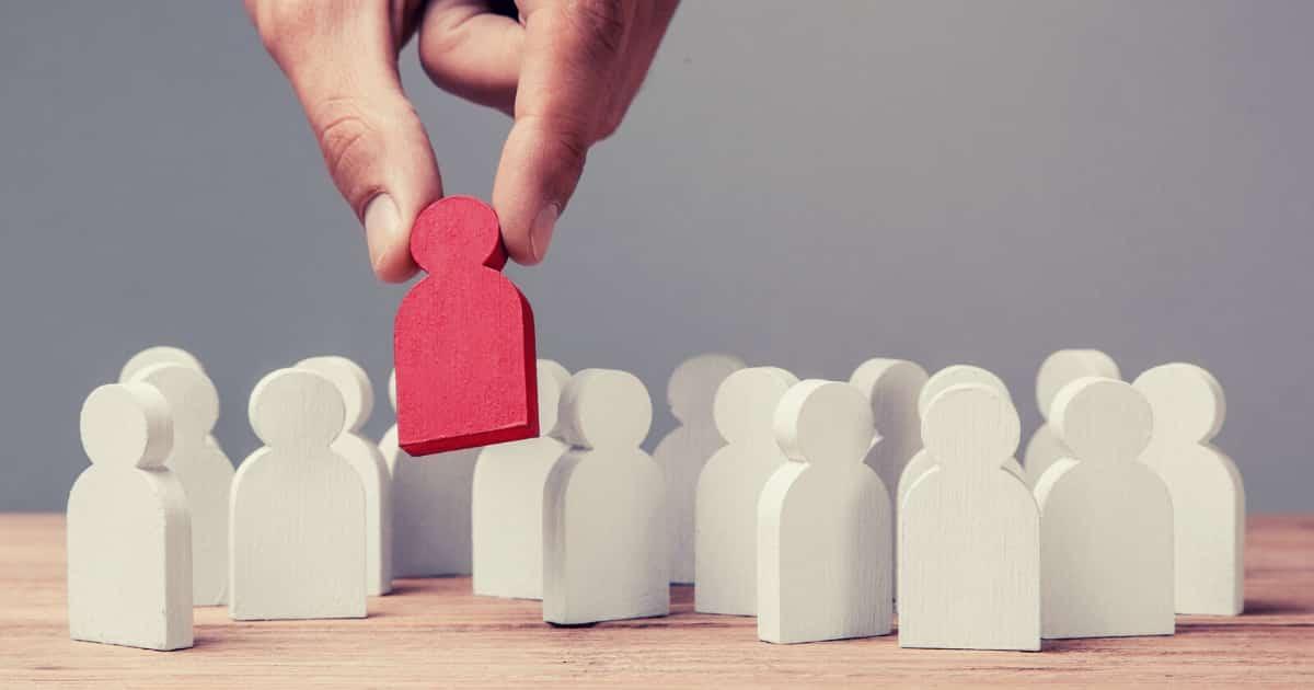 事業再生の対象企業の選択の問題