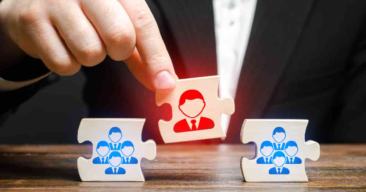 事業再生は誰に相談するべき?
