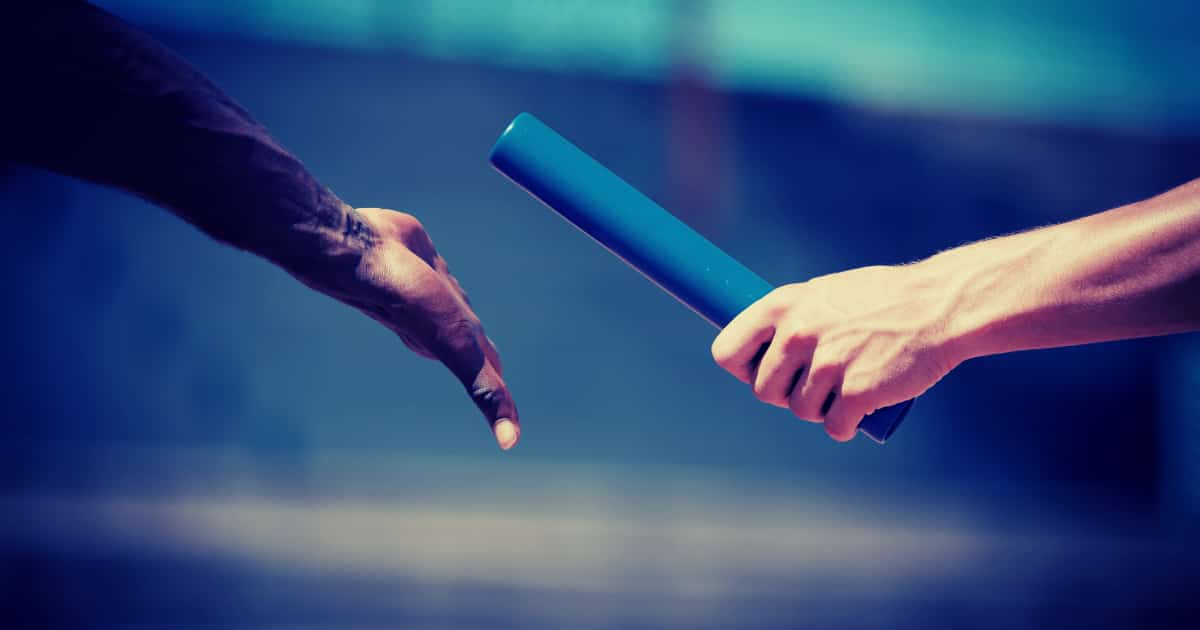 事業承継における経営者保証の取り扱い【原則:引き継ぎません。】